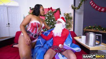 Santas Cumming Down Her Chimney
