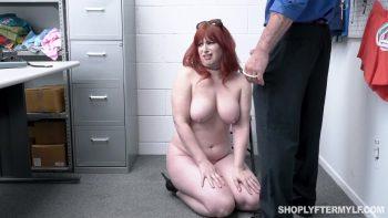 Shoplyftermylf – Amber Dawn