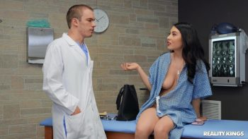 Doctor Knows Best – Mina Moon