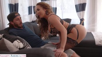 Richelle Ryan tries on lingerie for delivery guy before riding his dick on her couch