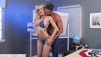 Big tit blonde MILF of a bombshell Brandi Love fucks favorite employee to celebrate Independence Day